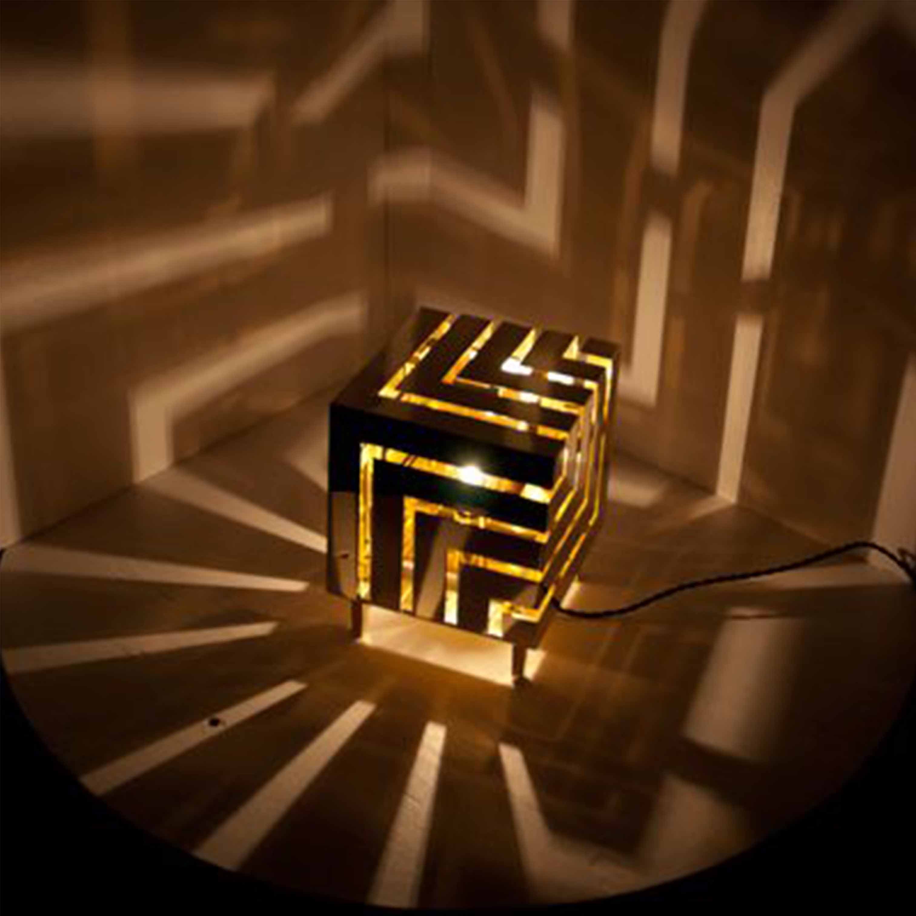 Đèn gỗ trang trí nghệ thuật - D52LHFU