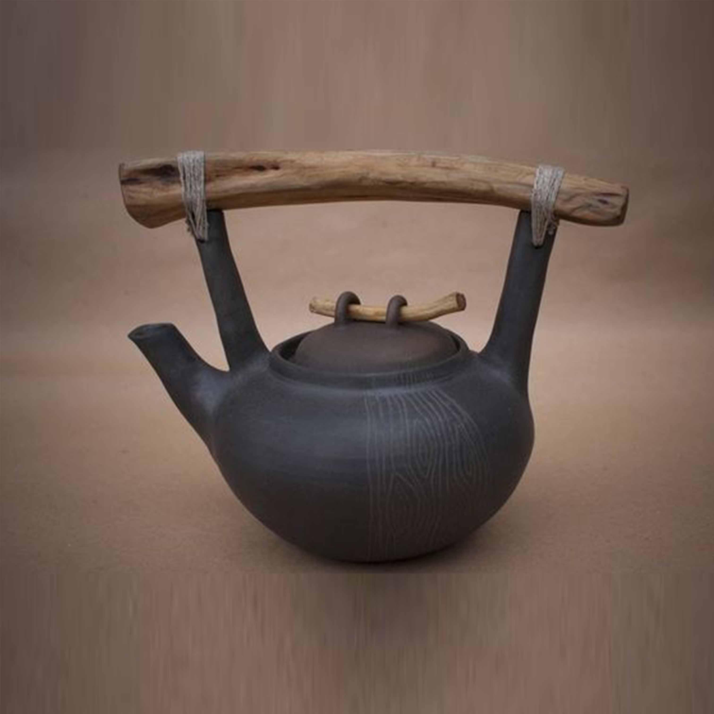Bình trà gốm sứ trang trí - DTT24LHFU